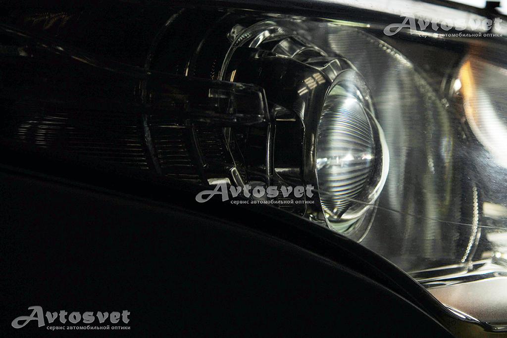Reno Megan после установки линз в сервисе автомобильной оптики Автосвет Запорожье
