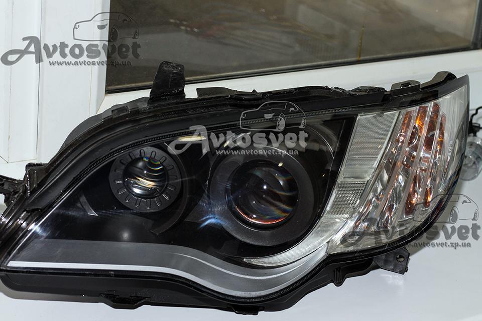 Subaru Legacy: замена штатных линз, подстройка и установка двух линз, покраска масок (графит), полировка стёкол плюс покрытие защитным лаком