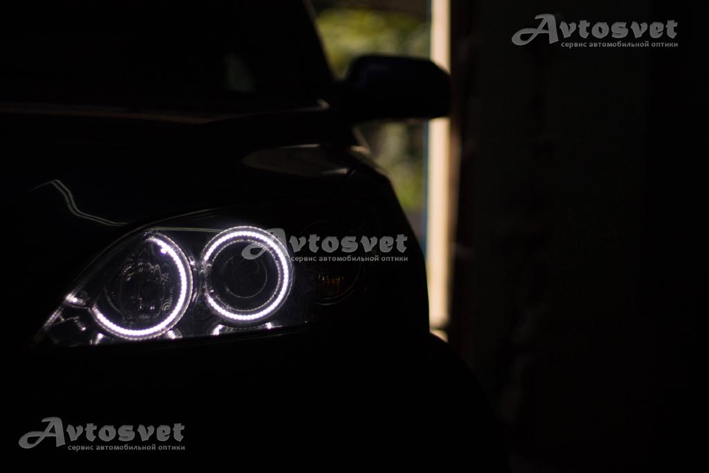 Mazda 3 установка ангельских глаз на светодиодах
