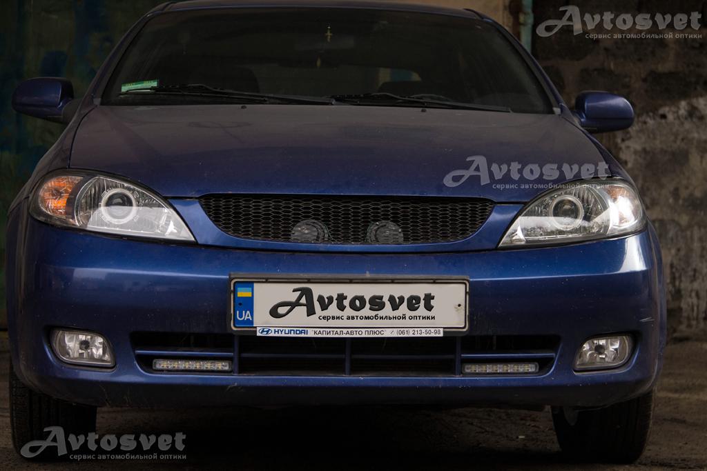 """Chevrolet Lacetti Hatchback установка линз 2,5"""" с ангельскими глазами Led с восстановлением стекла с помощью шлифовки и покрытия защитного лака"""